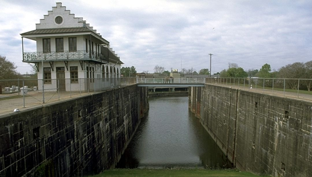 The lock and gates, still in place