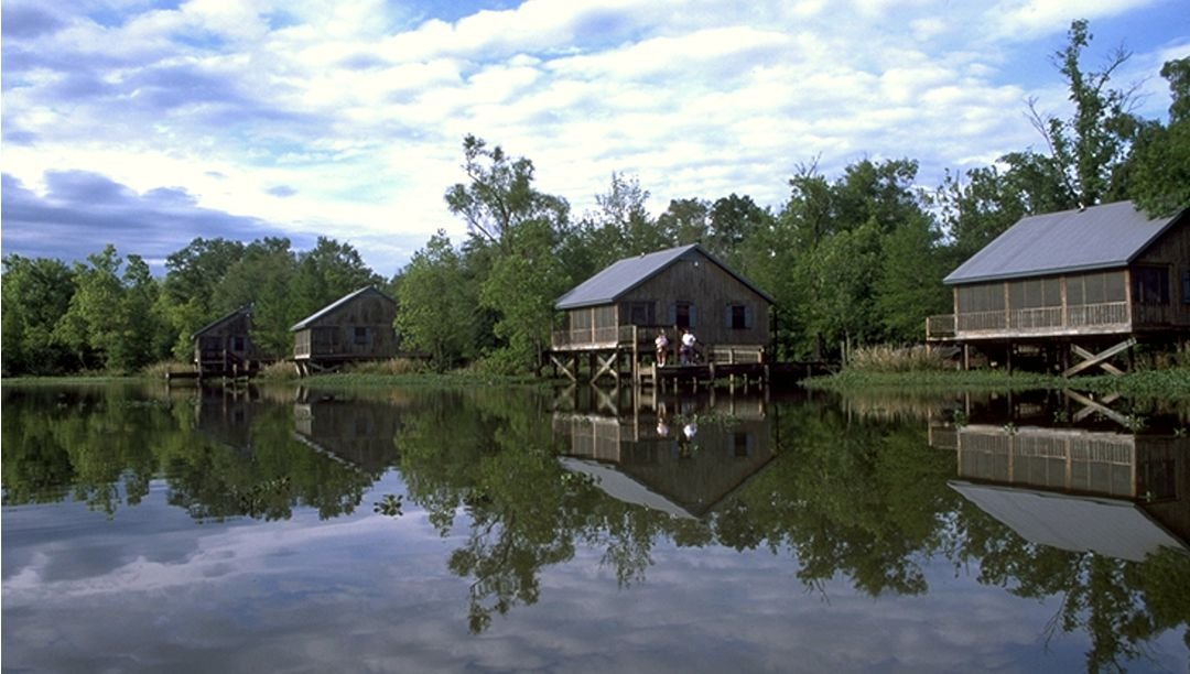 Lakefront cabins at Lake Fausse Pointe