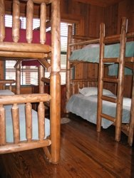 cabinbunkbedroom.jpg