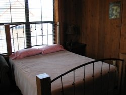 cabinmasterbedroom.jpg
